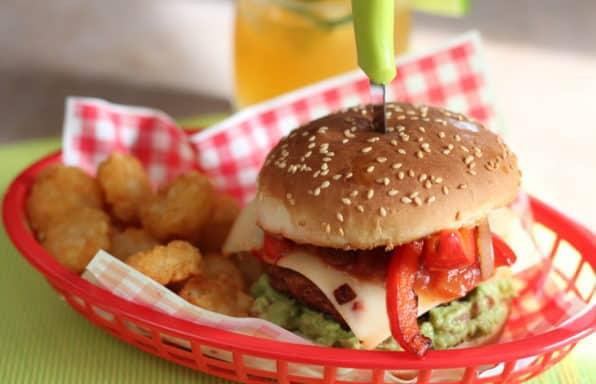 Burger au poulet style fajitas
